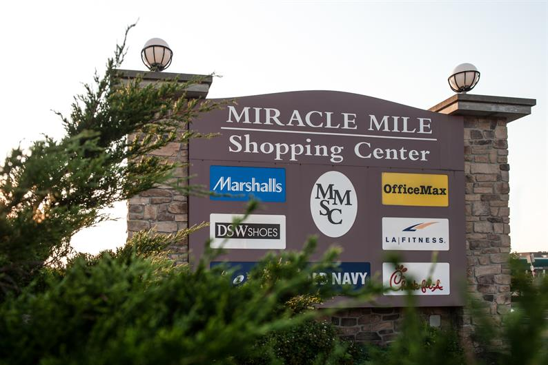 Miracle Mile Shopping Center