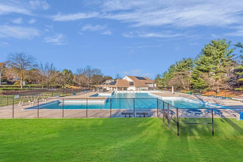 RELAX BY MONTGOMERY VILLAGE'S 7 COMMUNITY POOLS!