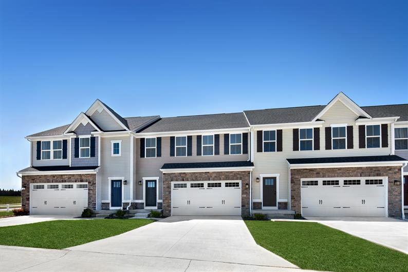 WELCOME HOME TO TOWNS AT CEDAR CREST IN STOW—SINGLE FAMILY STYLE LIVING