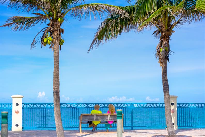 STEPS FROM THE BEST OF VERO BEACH
