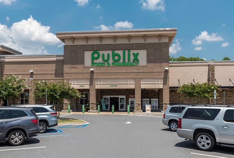 Publix and Other Grocery Options are within a Few Miles