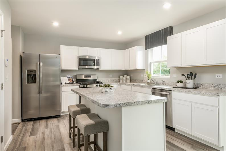 All Appliances Included - even the washer and dryer!