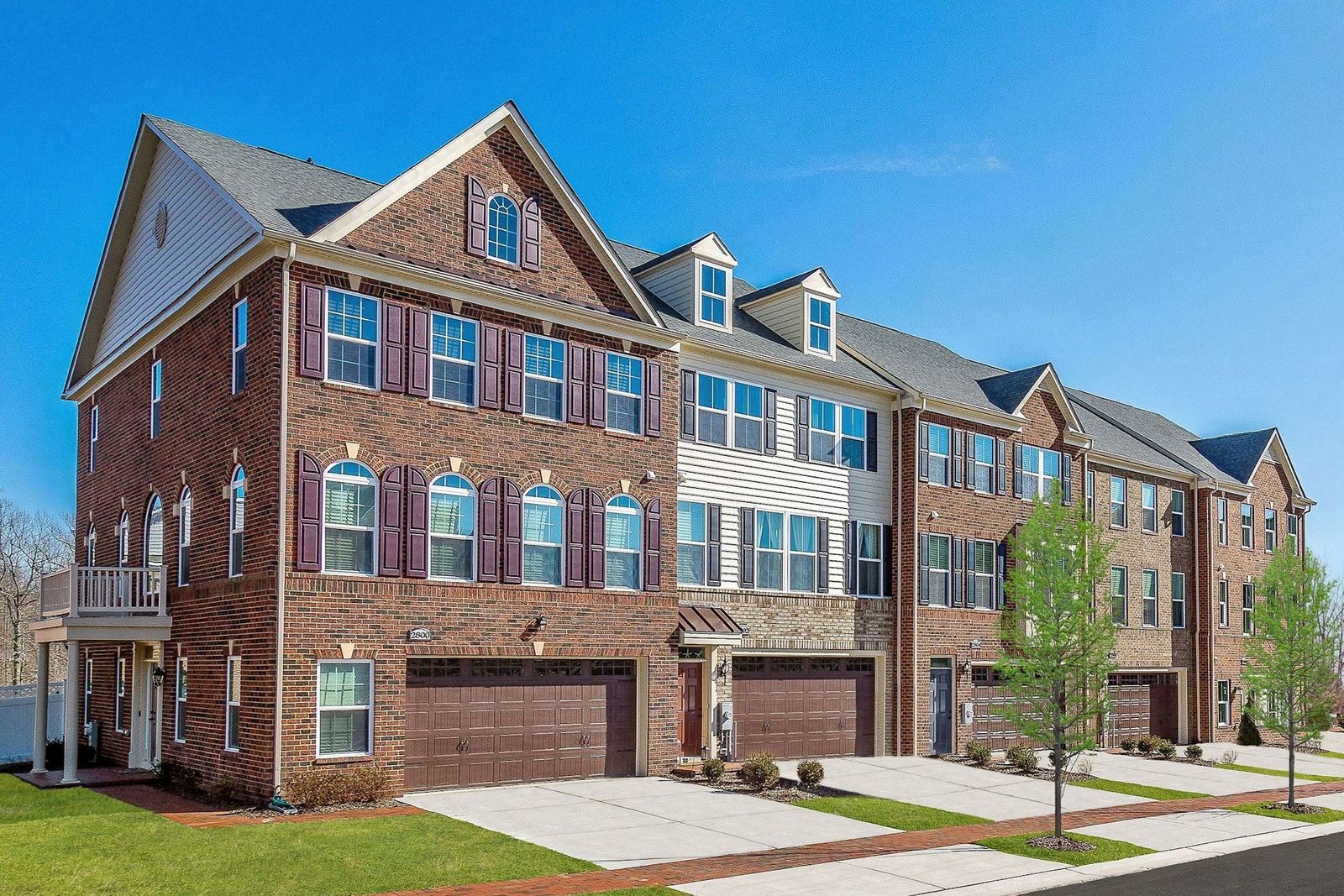 Luxury Townhomes With A 2 Car Garage, Fenced In Backyard And Deck Included.