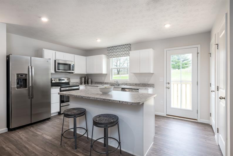 No Shortage of Kitchen Storage and Space at Imperial Ridge