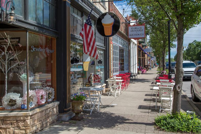 Downtown Milford at Your Doorstep