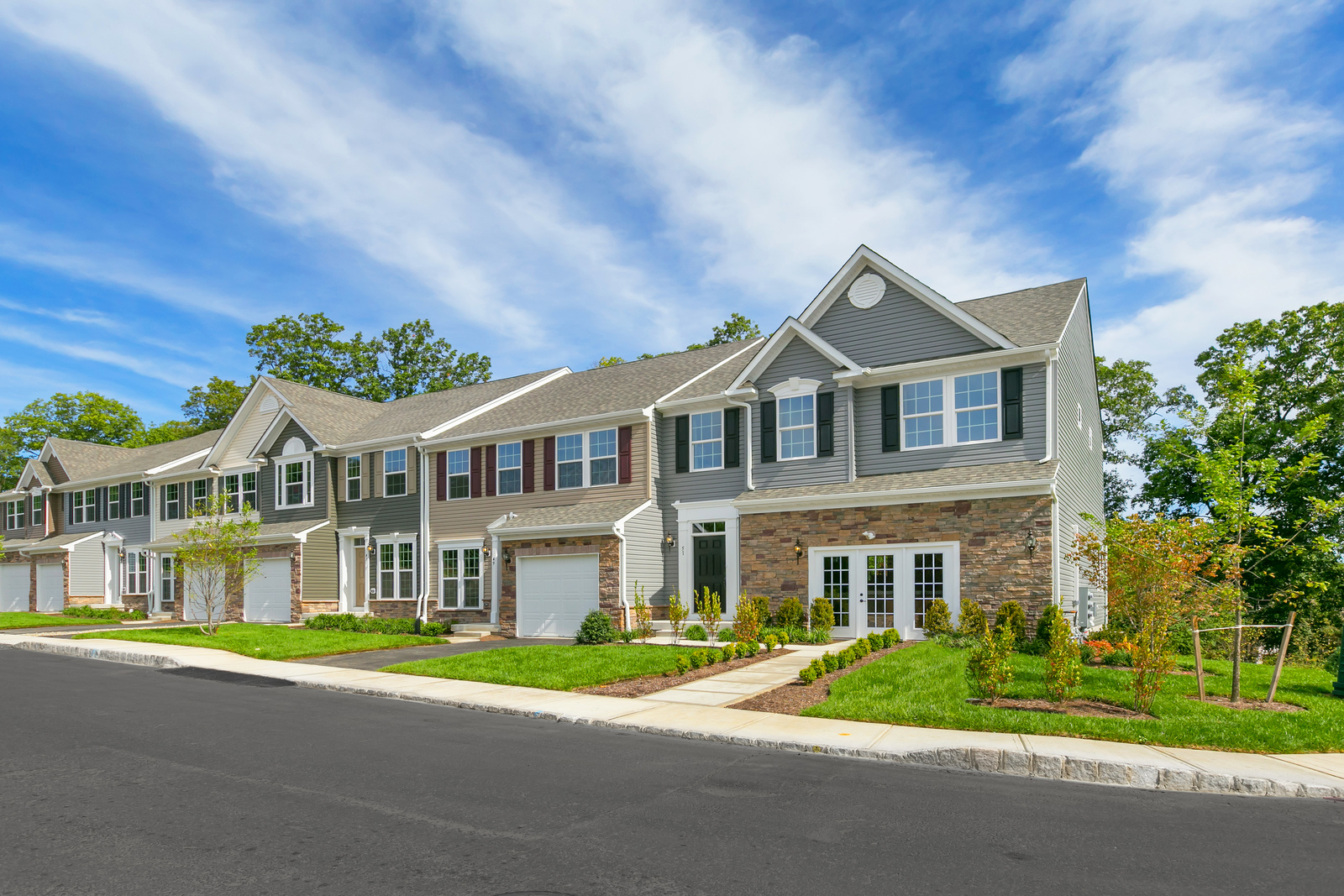 New homes for sale at shadow woods townhomes in mt for Modern homes nj