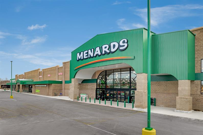 MINUTES FROM ROUTE 30, MASSILLON MARKETPLACE, AND MENARDS FOR QUICK SHOPPING TRIPS AND COMMUTES