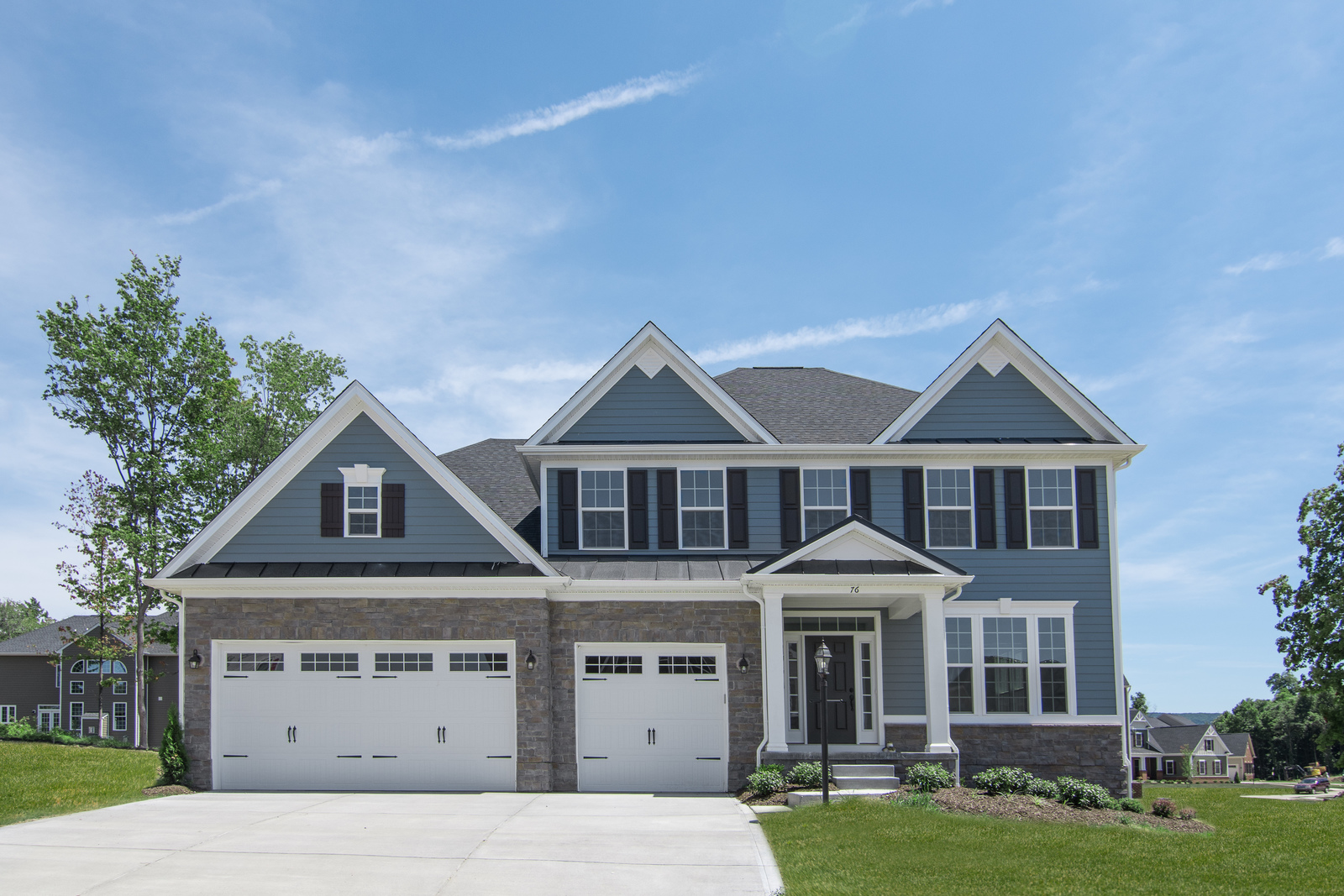 "Wooded homesites in Robinson Township with beautiful luxury homes. <a href=""#visit"">Schedule your visit today!</a>"