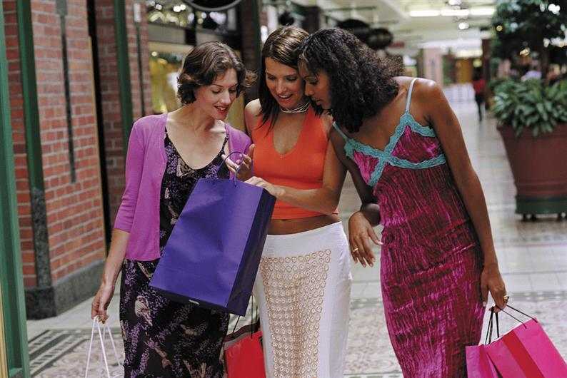 ST. LUCIE WEST SHOPPING IS MINUTES FROM YOUR DOOR