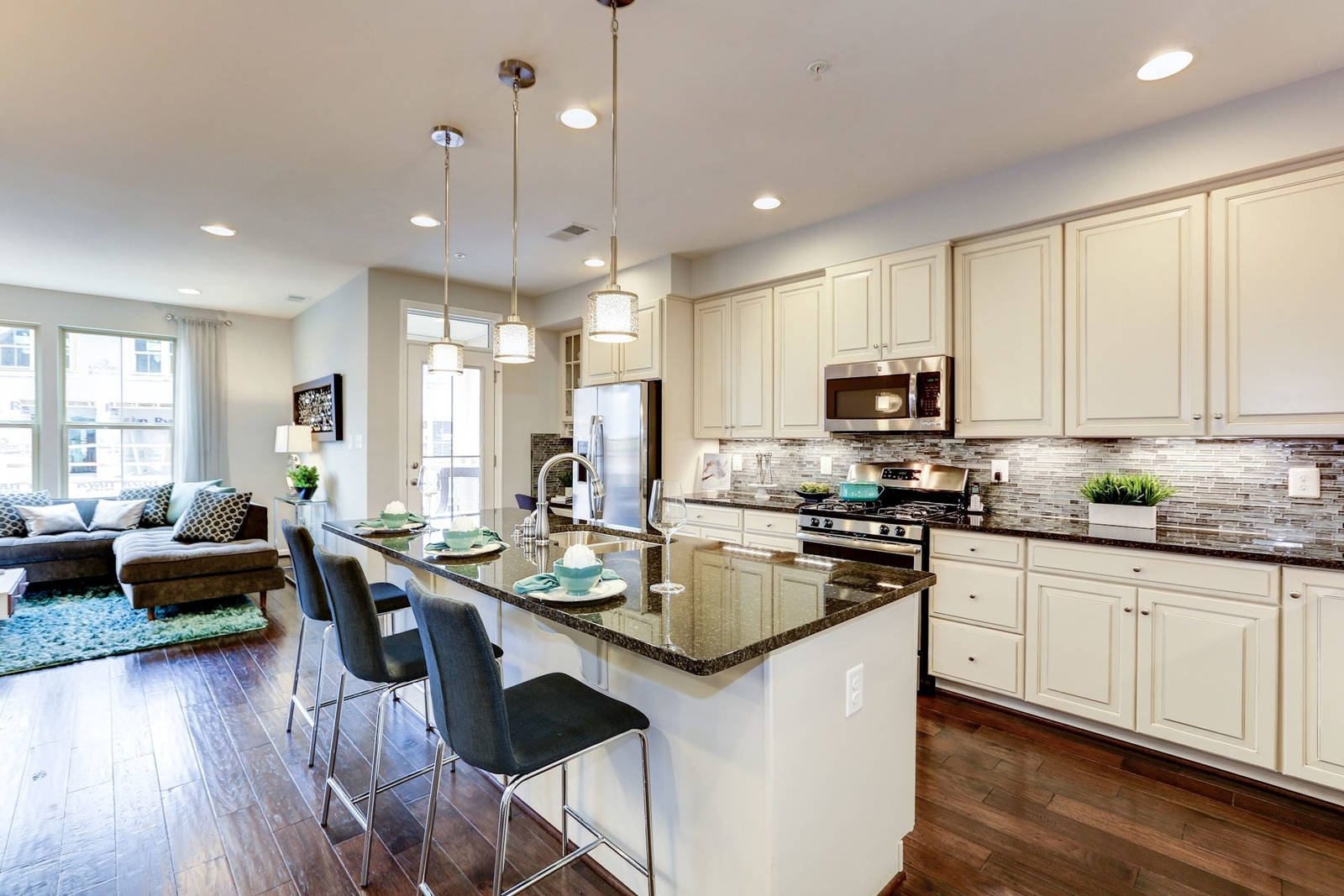 Linton At Ballenger Townhome Condos & Townhomes